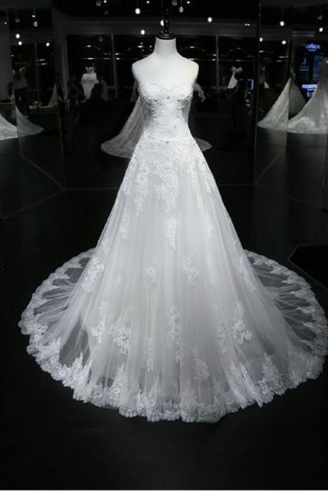 Strapless Sweetheart Lace Appliqués A-line Wedding Dress with Long Train